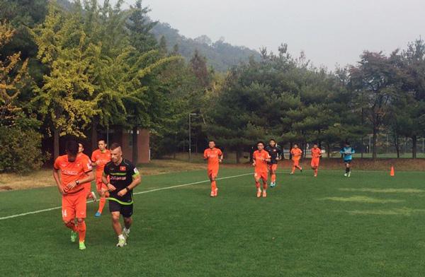 Lịch thi đấu giao hữu của ĐT Việt Nam trong chuyến tập huấn tại Hàn Quốc - Ảnh 2.