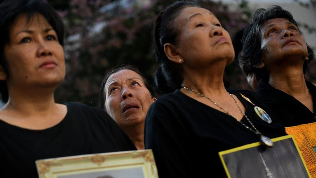 Du khách cần lưu ý gì khi tới Thái Lan vào dịp quốc tang? - Ảnh 1.