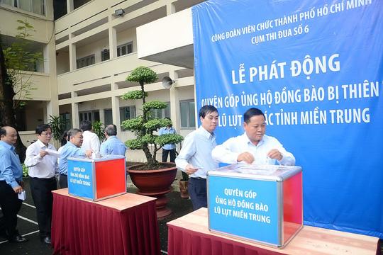 TP.HCM phát động ủng hộ đồng bào lũ lụt miền Trung - Ảnh 1.
