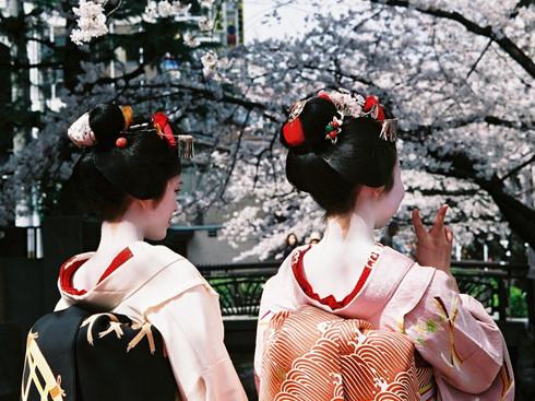 4 điều luật ở Nhật Bản gây bất ngờ đối với du khách - Ảnh 1.