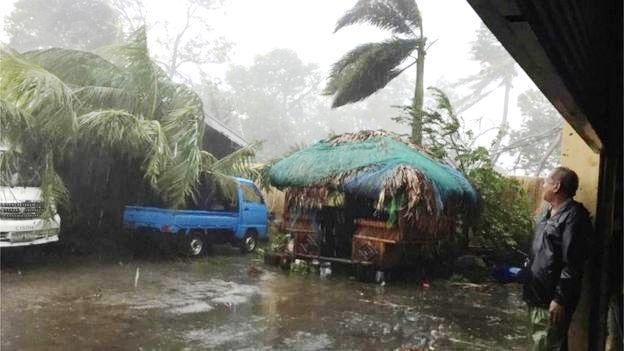Bão Haima gây thiệt hại lớn tại Philippines - Ảnh 2.
