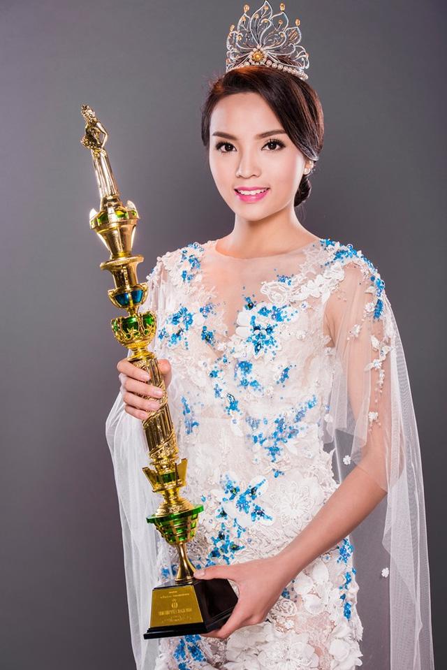 Hoa hậu Việt Nam: Nhan sắc nào xinh đẹp nhất? - Ảnh 14.