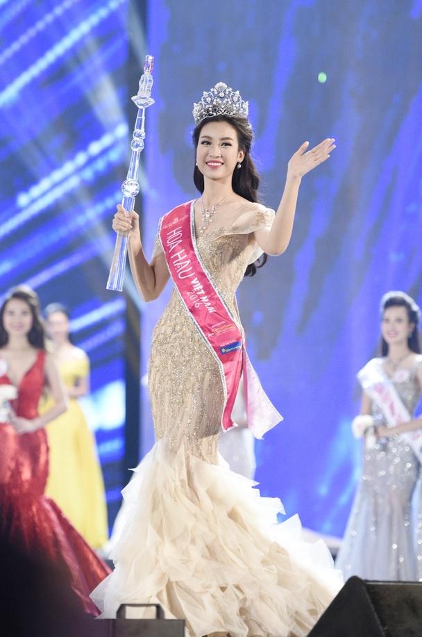 Hoa hậu Việt Nam: Nhan sắc nào xinh đẹp nhất? - Ảnh 15.