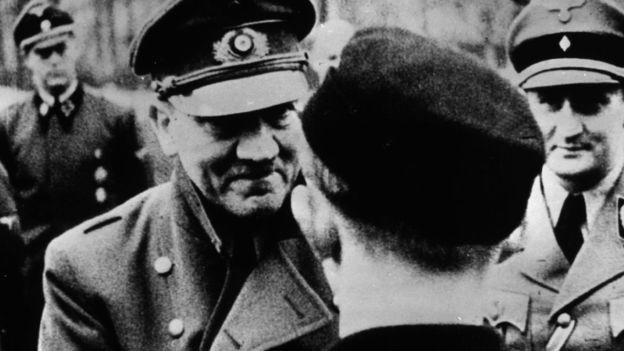 Áo sẽ phá hủy ngôi nhà nơi Hitler ra đời - Ảnh 2.