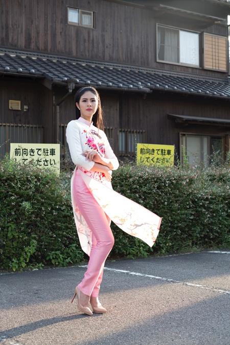 Ngọc Hân đấu giá áo dài tại Nhật để làm từ thiện - Ảnh 2.