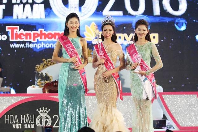 Xem lại đêm Chung kết Hoa hậu Việt Nam 2016 - Ảnh 1.