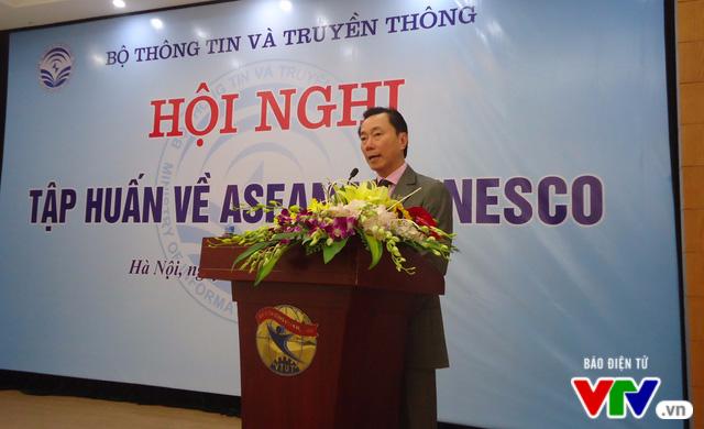 Hội nghị tập huấn về ASEAN và UNESCO - Ảnh 2.
