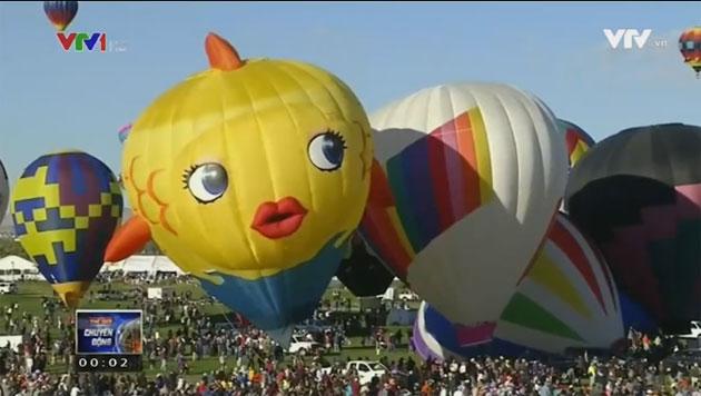Những hình ảnh đẹp trong lễ hội khinh khí cầu tại New Mexico - Ảnh 3.
