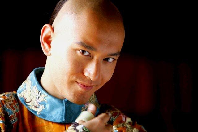 Gặp lại Huỳnh Hiểu Minh trong Tân lộc đỉnh ký trên VTV2 - Ảnh 1.