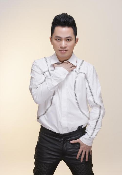Ca sỹ Tùng Dương: Liveshow của anh Xuân Hinh sẽ có rất nhiều cái lạ - Ảnh 1.