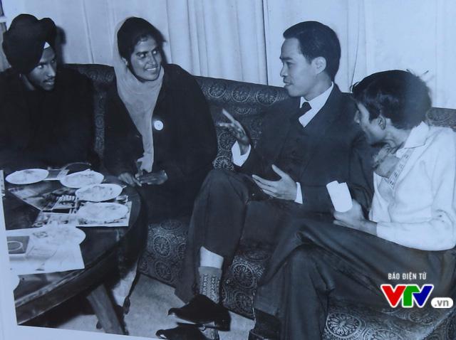 Ra mắt cuốn sách về cuộc đời, sự nghiệp cách mạng của cố Bộ trưởng Lê Minh Hương - Ảnh 7.