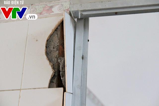 Hà Nội: Nhà vệ sinh trường tiểu học xuống cấp nghiêm trọng - Ảnh 3.
