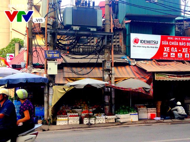 Hiểm họa rình rập những người kinh doanh gần trạm biến áp - Ảnh 3.