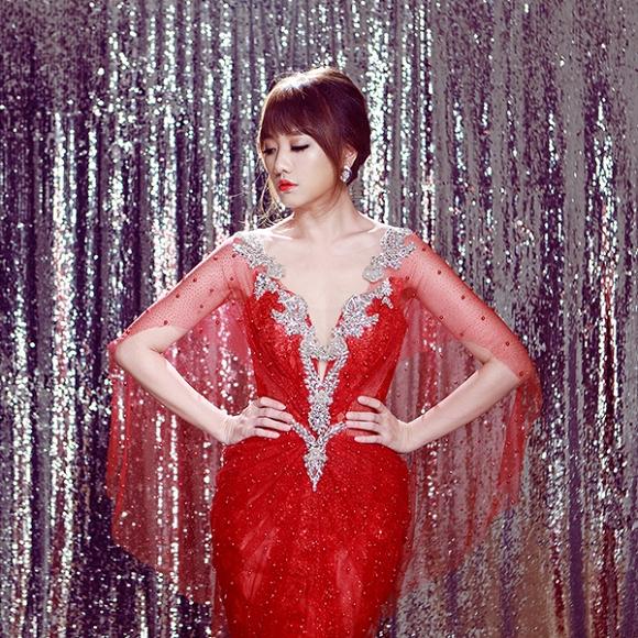 Ngắm bộ ảnh Hari Won mặc váy cưới trong MV Yêu không hối hận - Ảnh 3.