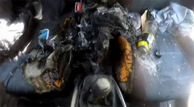 iPhone 7 bất ngờ phát nổ, thiêu rụi bên trong xe ô tô - Ảnh 1.