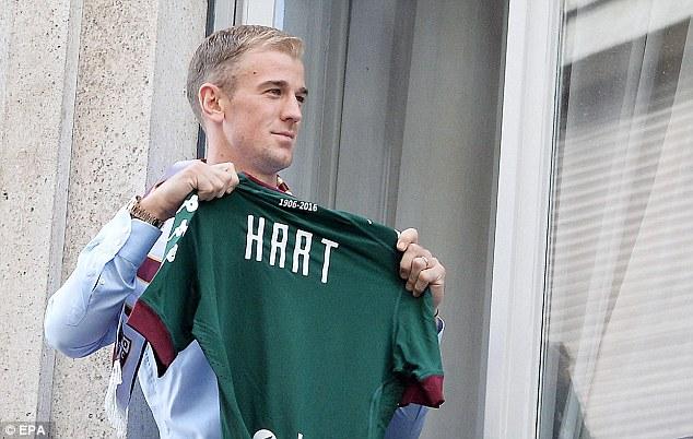 Joe Hart được chào đón nồng nhiệt tại Torino - Ảnh 2.