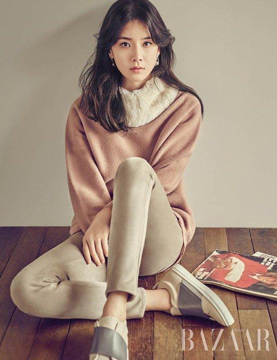 Lee Bo Young đẹp tựa nữ thần mùa thu - Ảnh 1.