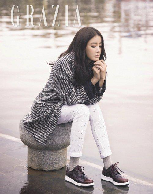 Lee Si Young khoe vẻ đẹp dịu dàng ở Việt Nam - Ảnh 2.