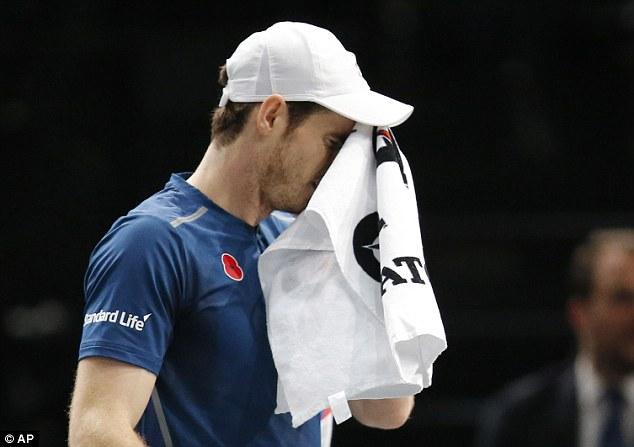 Vòng 2 Paris Masters: Murray thắng nhọc, Wawrinka thua sốc - Ảnh 2.