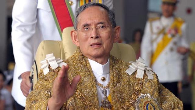 Du khách cần lưu ý gì khi tới Thái Lan vào dịp quốc tang? - Ảnh 2.