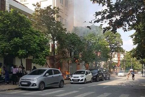 Hà Nội: Nổ trạm biến áp tại Hà Đông, 5 người bị bỏng - Ảnh 1.