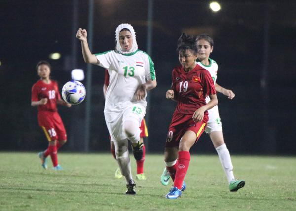 Thắng Iraq 3-0, U16 nữ Việt Nam vững ngôi nhì bảng D  - Ảnh 1.