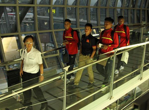 ĐT U16 Việt Nam đã tới Ấn Độ, sẵn sàng cho VCK U16 châu Á 2016 - Ảnh 1.