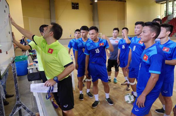 ĐT Futsal Việt Nam - Paraguay: Viết tiếp câu chuyện cổ tích (8h00, 15/9) - Ảnh 1.