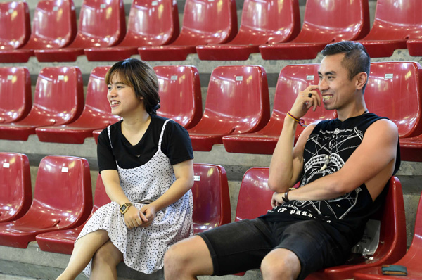Người hâm mộ không ngại đường xa tới cổ vũ cho ĐT Futsal Việt Nam - Ảnh 1.