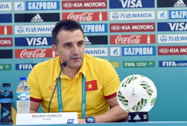 """HLV Bruno Garcia: """"Hành trình của ĐT Việt Nam tại FIFA Futsal World Cup vẫn chưa kết thúc"""" - Ảnh 1."""