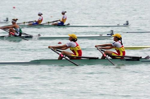 Rowing nữ Việt Nam vào vòng phân hạng 13-20  - Ảnh 1.