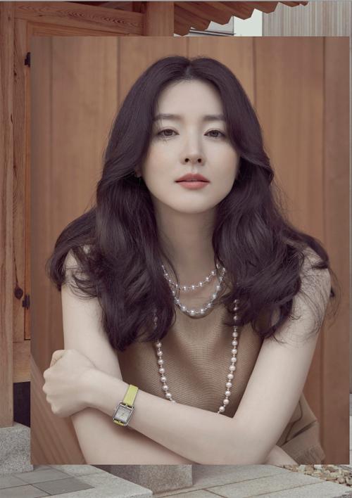 Lee Young Ae - Xứng danh mỹ nhân không tuổi! - Ảnh 1.