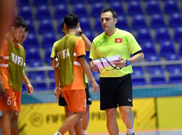 ĐT Futsal Việt Nam - Italy: Tin vào điều kỳ diệu (6h00 ngày 18/9) - Ảnh 1.