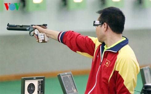 """Xạ thủ Hoàng Xuân Vinh sẽ """"mở hàng"""" huy chương tại Olympic? - Ảnh 1."""