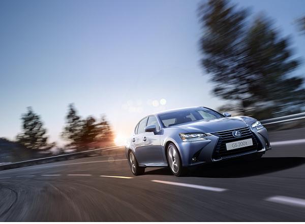 Lexus GS Turbo 2016 giá 3,1 tỷ tại Việt Nam - Ảnh 1.