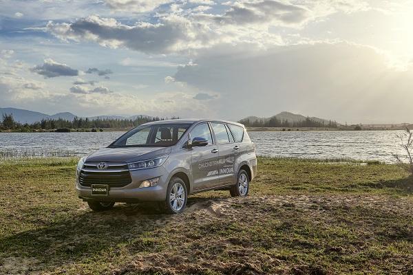 Toyota Việt Nam bán gần 4000 xe trong tháng 8 - Ảnh 1.