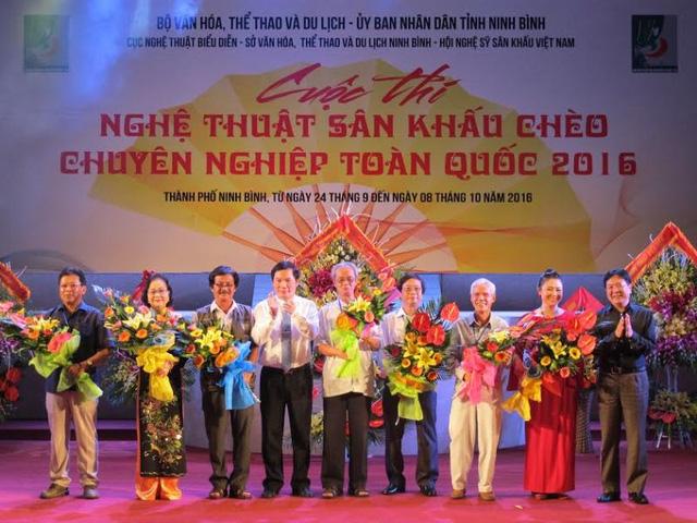 800 nghệ sĩ tranh tài sân khấu chèo chuyên nghiệp tại Ninh Bình - Ảnh 1.