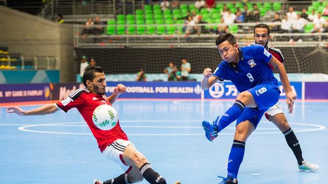 Thắng Ai Cập, Thái Lan chắc suất vào vòng knock-out World Cup futsal 2016 - Ảnh 1.