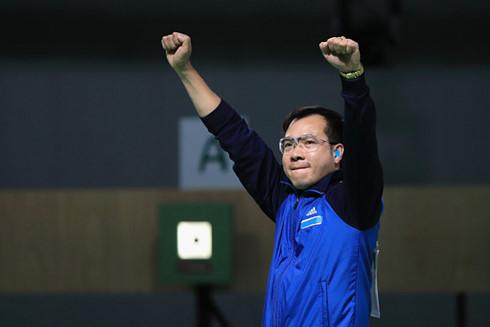 Thể thao 24h: Hoàng Xuân Vinh đứng đầu BXH 10m súng ngắn hơi thế giới - Ảnh 1.