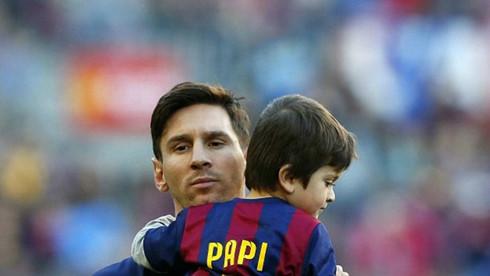 "Con trai Messi ""chê"" nghiệp cha - Ảnh 1."