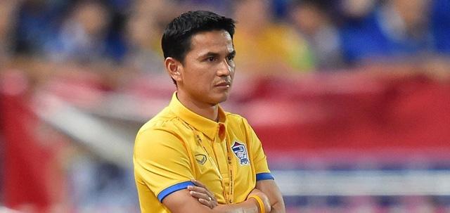 HLV Kiatisuk thừa nhận bất lực ở chiến dịch vòng loại World Cup 2018 - Ảnh 1.