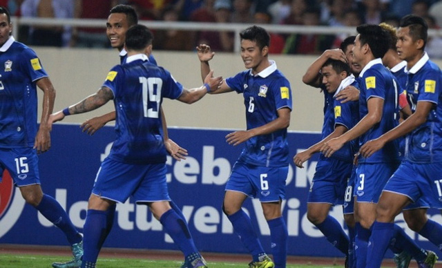 Vỡ mộng World Cup, Thái Lan quay lại với AFF Cup - Ảnh 1.