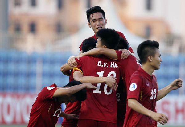 10 tuyển thủ U19 được triệu tập vào ĐT U22 Việt Nam dự giải giao hữu tại Trung Quốc - Ảnh 2.