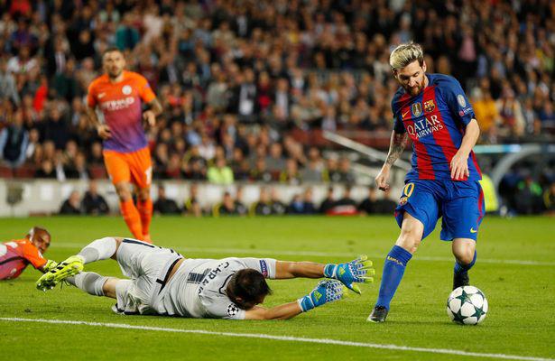 """Trước lượt thứ 4 vòng bảng Champions League: Guardiola """"trả thù"""" Barca? - Ảnh 1."""