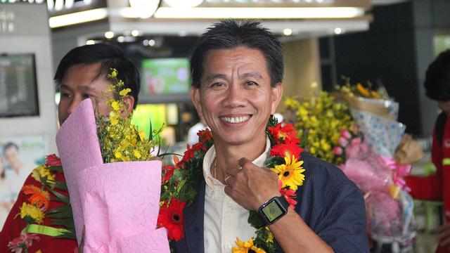 """HLV Hoàng Anh Tuấn: """"Tôi hãnh diện vì U19 Việt Nam - Ảnh 1."""