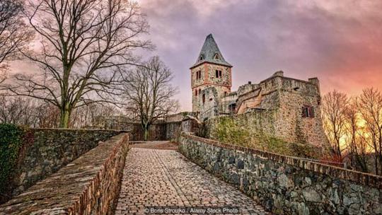 Frankenstein - Lâu đài ma quái nhất nước Đức - Ảnh 1.