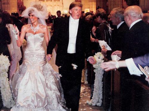 Melania Trump và kho đồ hiệu trị giá hàng triệu đô - Ảnh 3.