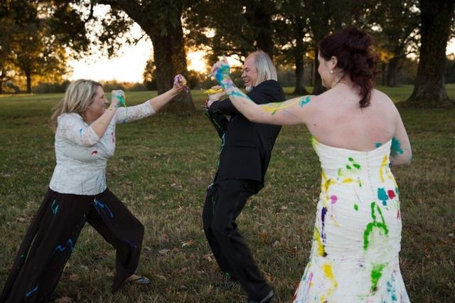 """Bị hủy hôn, cô dâu biến tiệc cưới """"hụt"""" thành ngày vui đáng nhớ - Ảnh 10."""