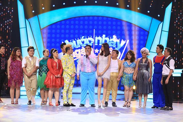 BB Trần đòi hôn, thí sinh Top Model phiêu cùng vũ điệu tóc - Ảnh 9.