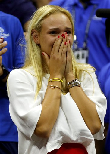Nhìn lại chiến thắng ngọt ngào của Wawrinka trước Djokovic - Ảnh 12.